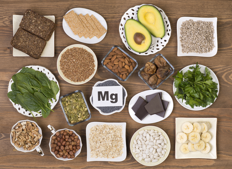 Foods containing magnesium: pumpkin seeds, poppy seed, beans, chocolate, almonds, sunflower seeds, oatmeal, buckwheat, hazelnuts, sesame bars, figs, spinach, bananas and avocado.
